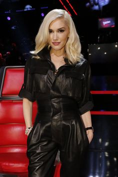 Love Gwen! The voice is awesome!!