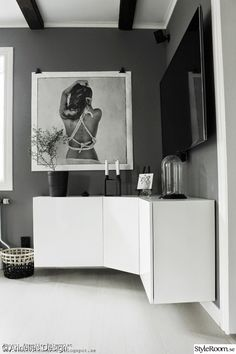 I really like the floating cabinets! Ikea Corner Cabinet, Hacks Ikea, Modern Cabinets, Scandinavian Interior, Cabinet Design, Apartment Design, Interiores Design, Home Living Room, Home Decor Inspiration