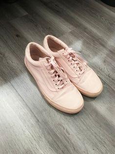 47142226995122 Old Skool Low Vans - Blush Pink - 9.5 Mens 11 Womens  fashion  clothing