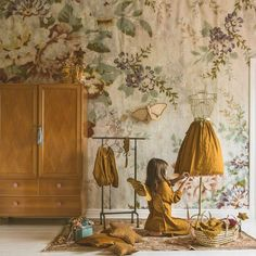 house flower decoration 471189179764157569 - Mr Perswall – Vintage Blossom Wall Mural – Wallpaper Trader Source by sylvievillers Teenage Bedroom Ideas Ikea, Teenage Girl Bedrooms, Tiny Bedrooms, Guest Bedrooms, Baby Bedroom, Girls Bedroom, Nursery Wallpaper, Wallpaper Bedroom Vintage, Style Deco