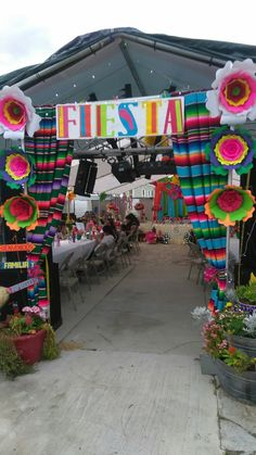Mexican Theme Baby Shower, Mexican Fiesta Birthday Party, Fiesta Theme Party, 18th Birthday Party, Birthday Party Themes, Birthday Ideas, Mexico Party, Mexican Party Decorations, Quinceanera Party