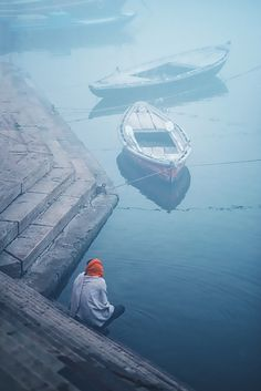 Travel photographs from the ghats of river Ganges, in Varanasi considered as the most spiritual place and one of the oldest cities in the world. Shiva Shankar, Third Culture Kid, Indian Gods, Varanasi, Worlds Largest, Places To Visit, Old Things, Behance, Boat