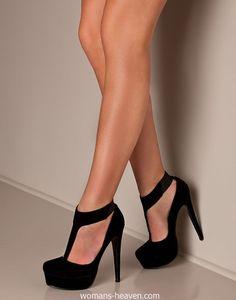 Black heels image,moda,style, fashion, high heels, image, photo, pic, pumps, shoes, stiletto, women shoes5 http://www.womans-heaven.com/black-heels-image-6/