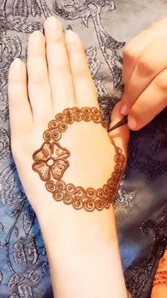Floral Henna Designs, Finger Henna Designs, Mehndi Designs Book, Mehndi Designs For Girls, Mehndi Designs For Beginners, Mehndi Design Photos, Unique Mehndi Designs, Wedding Mehndi Designs, Mehndi Designs For Fingers