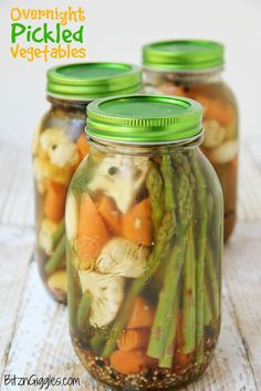 Pickled Vegetables Overnight Pickled Vegetables - Perfectly pickled vegetables, great for eating alone or garnishing your Bloody Mary!Overnight Pickled Vegetables - Perfectly pickled vegetables, great for eating alone or garnishing your Bloody Mary! Brownie Desserts, Garlic Parmesan, Roasted Garlic, Pickle Vodka, Pickle Pickle, Parmesan Green Beans, Best Pickles, Coconut Dessert, Eating Alone