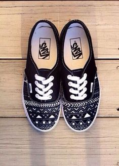 Find images and videos about black, shoes and vans on We Heart It - the app to get lost in what you love. Sock Shoes, Vans Shoes, Cute Shoes, Me Too Shoes, Shoe Boots, Shoes Heels, Custom Vans, Kinds Of Shoes, Painted Shoes