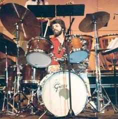 Ralph Humphrey — drums 1973-1974.