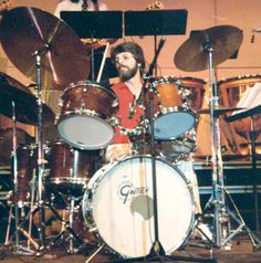 Ralph Humphrey — drums 1973-1974.