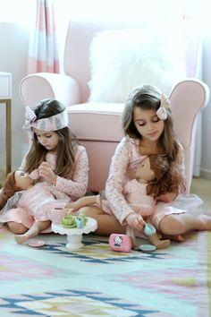 IMG_1003+dolls.jpg (1066×1600)
