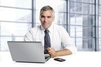 http://www.serviziocontabileitaliano.it/commercialista-online.html  Offriamo commercialista e contabilità interamente online per società, professionisti e partite.