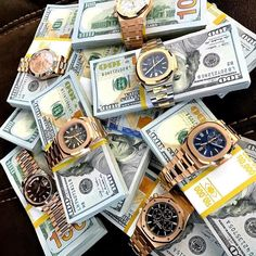 "2,856 curtidas, 12 comentários - Luxury for life (@luxuryforlifes) no Instagram: ""Pick your favorite watch! #rich #money #success #class #entrepreneur #money #never #sleeps…"""