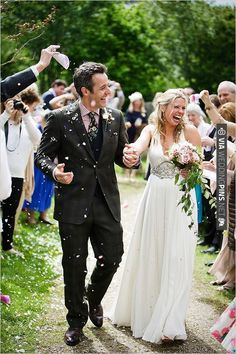 wedding celebration | CHECK OUT MORE IDEAS AT WEDDINGPINS.NET | #weddings #weddinginspiration #inspirational