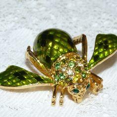 JOAN RIVERS Green Snake Skin Enamel & Rhinestone Bee/Bug/Insect Brooch/Pin  Z63 #JOANRIVERS