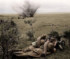 Soviet soldiers - Dnieper battle WW2 20th Army | Colorized u… | Flickr - Photo Sharing!