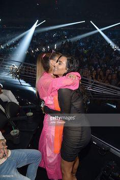 Ariana Grande and Kim Kardashian Ariana Grande 2016, Ariana Grande Outfits, Ariana Grande Pictures, Cat Valentine, Kardashian Jenner, Kylie Jenner, Vmas 2016, Mtv Music, Dangerous Woman Tour