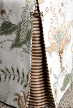 Bedskirt w Contrasting Box Pleats - I really like the contrasts between the thin stripes and the paisley floral.