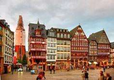 Römerberg | Frankfurt Design Guide http://www.mydesignweek.eu/frankfurt-design-guide/#.UzlutfldWAY