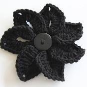 Crocodile Stitch Flower - via @Craftsy