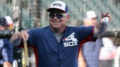 White Sox bench coach Rick Renteria