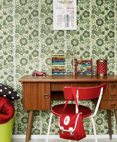 Love this kukot-wallpaper! Retro Kids, Retro Home, Inspiration For Kids, Interior Inspiration, Retro Vintage, Sweet Home, Chair, House, Kids Rooms