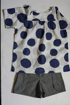 Class Picnic Blouse and Shorts by fabri'cate. Love the dots and the textured appearance of the shorts.