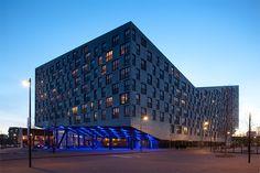 The Whale, Amsterdam.    Designed by de Architekten Cie.