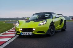 The sports car manufacturer Lotus has unveiled a new car Elise S Cup R, designed for races in the racing series Lotus Cup. The debut of the car is scheduled for an Autosport show in Birmingham. Racing modification created on the base of model Elise S, however, differs improved aerodynamics.