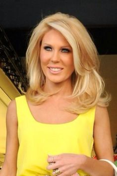 Gretchen rossi hair   Gotta get mine grown out!!