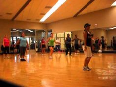 ▶ La vida es un carnaval- Zumba with Erika - We do this in Marian's class