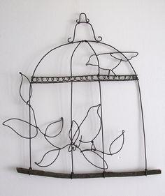 """Suspension """"oiseaux perchés"""" en fil de fer recuit : Décorations murales par adafe"""