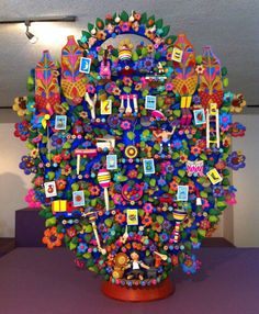 Árbol de la Vida en barro. #lotería #juguetesmexicanos Metepec, Edo. De México #artesaniasmexicanasdiy