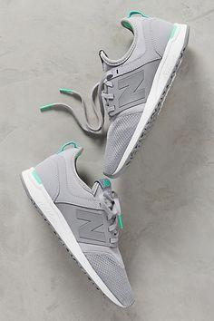 New Balance WRL247 Sneakers