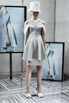 Sfilata Balenciaga New York - Pre-collezioni Primavera Estate 2014 - Vogue
