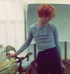 David Bowie on set of The Man Who Fell To Earth