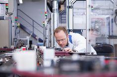 WIKA ist weltweit führend in der Druck-, Temperatur- und Füllstandsmesstechnik. Auf Basis hochwertiger Messtechnik-Komponenten entwickelt WIKA gemeinsam mit ihren Kunden umfassende Lösungen, die in die Geschäftsprozesse integriert werden.