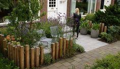 modern garden border