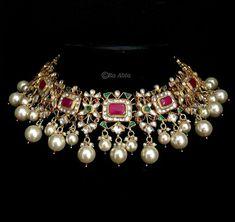 Amazing Jewelry bracelets cuff,Beautiful jewelry campaign and Dainty jewelry earrings. Gold Jewellery Design, Gold Jewelry, Beaded Jewelry, Trendy Jewelry, Dainty Jewelry, Silver Bracelets, Jewelry Art, Silver Earrings, Earrings Uk