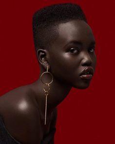 beautiful black women models in bathing suits Black Girl Magic, Black Girls, Photographie Portrait Inspiration, Black Girl Aesthetic, Dark Skin Beauty, Black Beauty, Foto Art, My Black Is Beautiful, Beautiful Lips