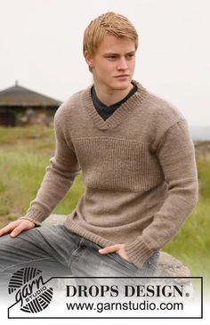 Hand knitted mens v neck sweater jumper - alpaca S - XXXL - made to order - gents clothing - mens knitwear Mens Knitted Cardigan, Sweater Knitting Patterns, Knit Patterns, Free Knitting, Men Sweater, Drops Design, Moda Crochet, Mens Jumpers, Free Pattern