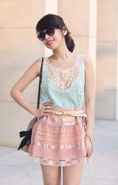 Pastel lace romance (c/o Sugarlips)
