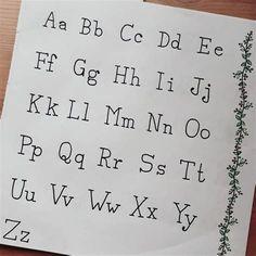 Bullet Journal Alphabet, Journal Fonts, Bullet Journal Lettering Ideas, Bullet Journal Writing, Bullet Journal Ideas Pages, Tattoo Handwriting Fonts, Tattoo Fonts Alphabet, Handwriting Alphabet, Hand Lettering Alphabet