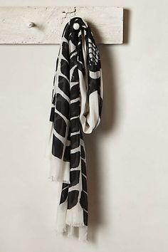 Magpie Scarf