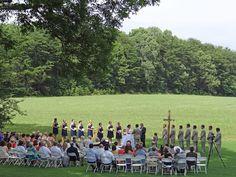Hannah and Alex: A June Wedding   Lenora's Legacy Estate www.lenoraslegacy.com