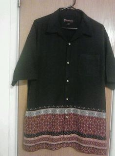 Polo short sleeves button down size large