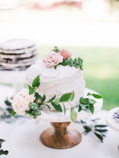 A cake for a secret garden wedding: http://www.stylemepretty.com/2015/07/21/dreaming-in-a-lavender-field-wedding-inspiration/ | Photography: Sally Pinera - http://sallypinera.com/