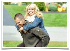 Poses For Couples engagement Portraits photography