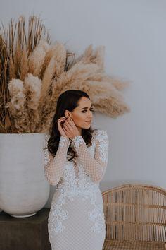 Brand New Luxury Wedding Venue, Muldersdrift, South Africa Modern Wedding Venue, Luxury Wedding Venues, Bridal Suite, Luxury Accommodation, White Dress, Bride, Dresses, Fashion, Wedding Bride