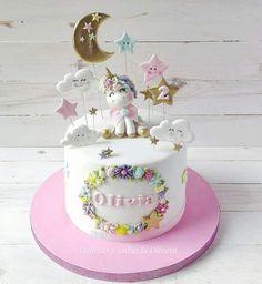 Broccoli and coconut cake - Clean Eating Snacks Baby Birthday Cakes, Unicorn Birthday Parties, Girls First Birthday Cake, Bolo Artificial, Bolo Cake, Zucchini Cake, Salty Cake, Girl Cakes, Savoury Cake