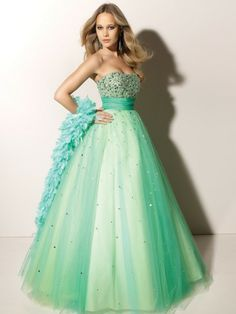 i really like this poofy dress, but it might be a little much for prom...