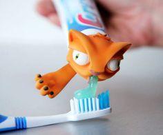Oscar Toothpaste Cap